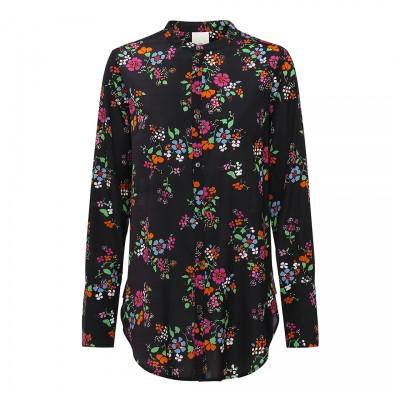julie-fagerholt-heartmade-mola-sort-skjorte-overdele-184-670-904