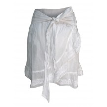 neo-noir-kylie-nederdele-hvid-015302-1