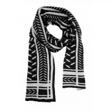 lala-berlin-scarf-chuck-Nero on Alabastro-torklaede-accessories-69022