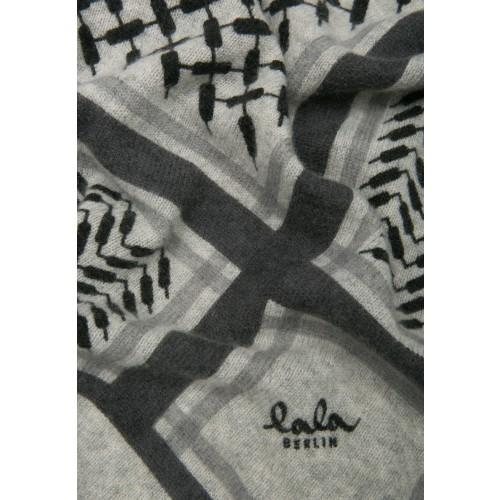 25f4c360f58 Lala Berlin, Triangle Trinity Classic - Flanella, PLO cashmere tørklæde