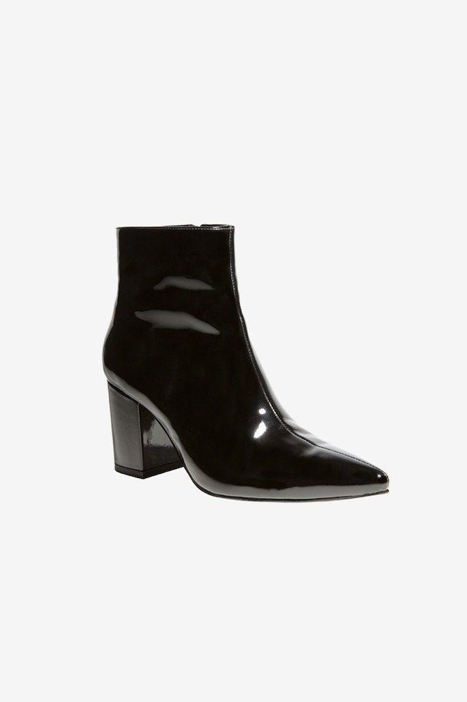 aa2fd1794c6 Anine Bing, Natalie Boot, Black Patent. Super cool ankelstøvle fra ...